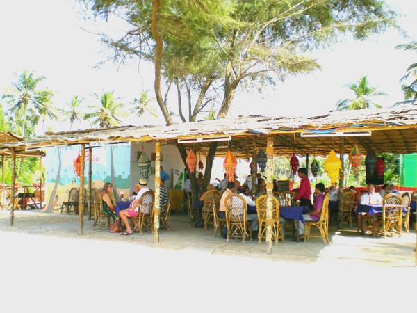 vente chaude en ligne 4ef2e dbe18 Mobor Beach Resort